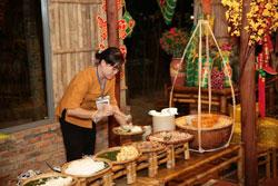 Ra mắt khu ẩm thực Việt