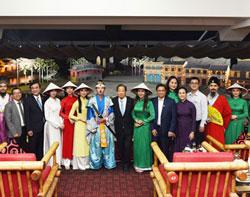 Đoàn nghị sĩ Nhật Bản ấn tượng với Ký ức Hội An