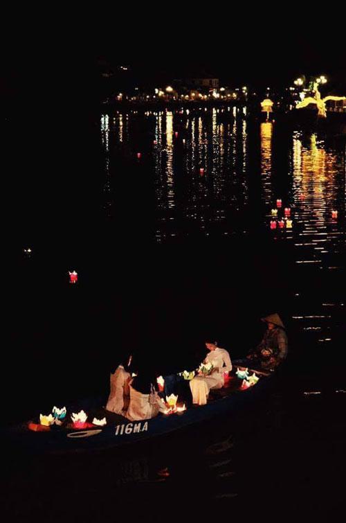 sông hoài về đêm 2