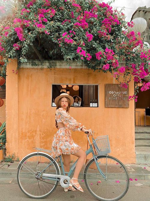 đi xe đạp phố cổ hội an