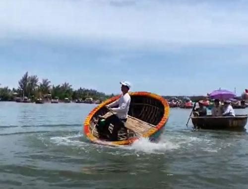 múa thuyền thùng
