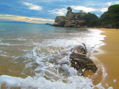 Bãi Chồng vẻ đẹp thiên nhiên ban tặng cho Cù Lao Chàm