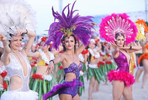 nhảy flashmob bikini 2